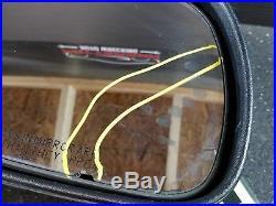 2003 SUBURBAN 1500 RH Power Side View Door Mirror withIntegral Turn Signal Black