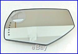 Chevrolet Silverado GMC Sierra LH Driver Side View Mirror Glass signal DL3 OEM