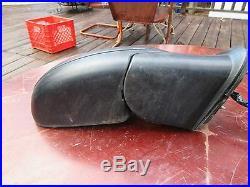 GM Mirror RIGHT RT OEM Black 2003-06 Chevy Silverado Tahoe GMC Yukon F65GA368