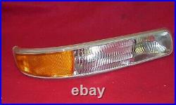 New Pr 99 00 01 02 Silverado Sierra Parking Turn Signal Light Lamp Lens